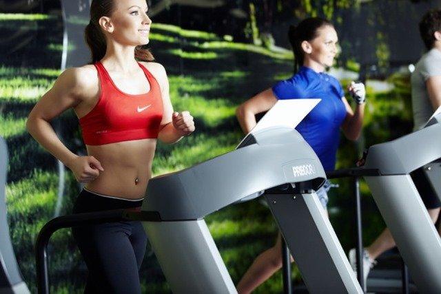 Упражнения на беговой дорожке